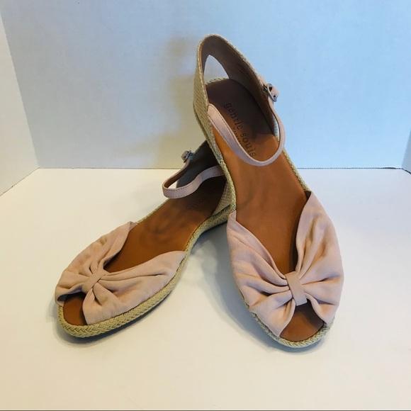 26b575a03dd Kenneth Cole Gentle Souls Lucille Shoes Espadrille